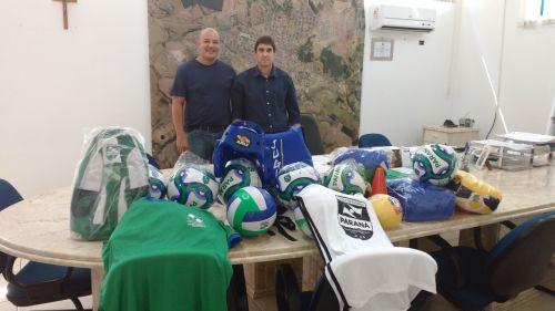 Prefeitura recebe Kits Esportivos