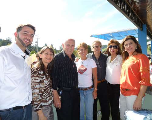 Fernanda Richa assina Programa Família Paranaense e participa do Lançamento da Campanha Espalhe Calor
