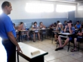 TÉCNICO ORIENTA JOVENS ESTUDANTES DA CASA FAMILIAR RURAL