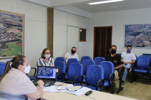 REUNIÃO ADMINISTRATIVA COM O COMITÊ DE ENFRENTAMENTO DO COVID-19