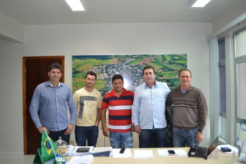 São Jorge do Patrocínio firma termo de convenio com a Associação dos moradores e amigos do Bairro São Mateus