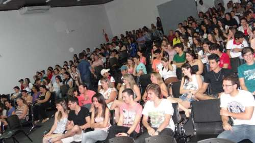 SEGUNDA ETAPA DO FEST MUSIC ESCOLHE FINALISTAS DA CATEGORIA POPULAR