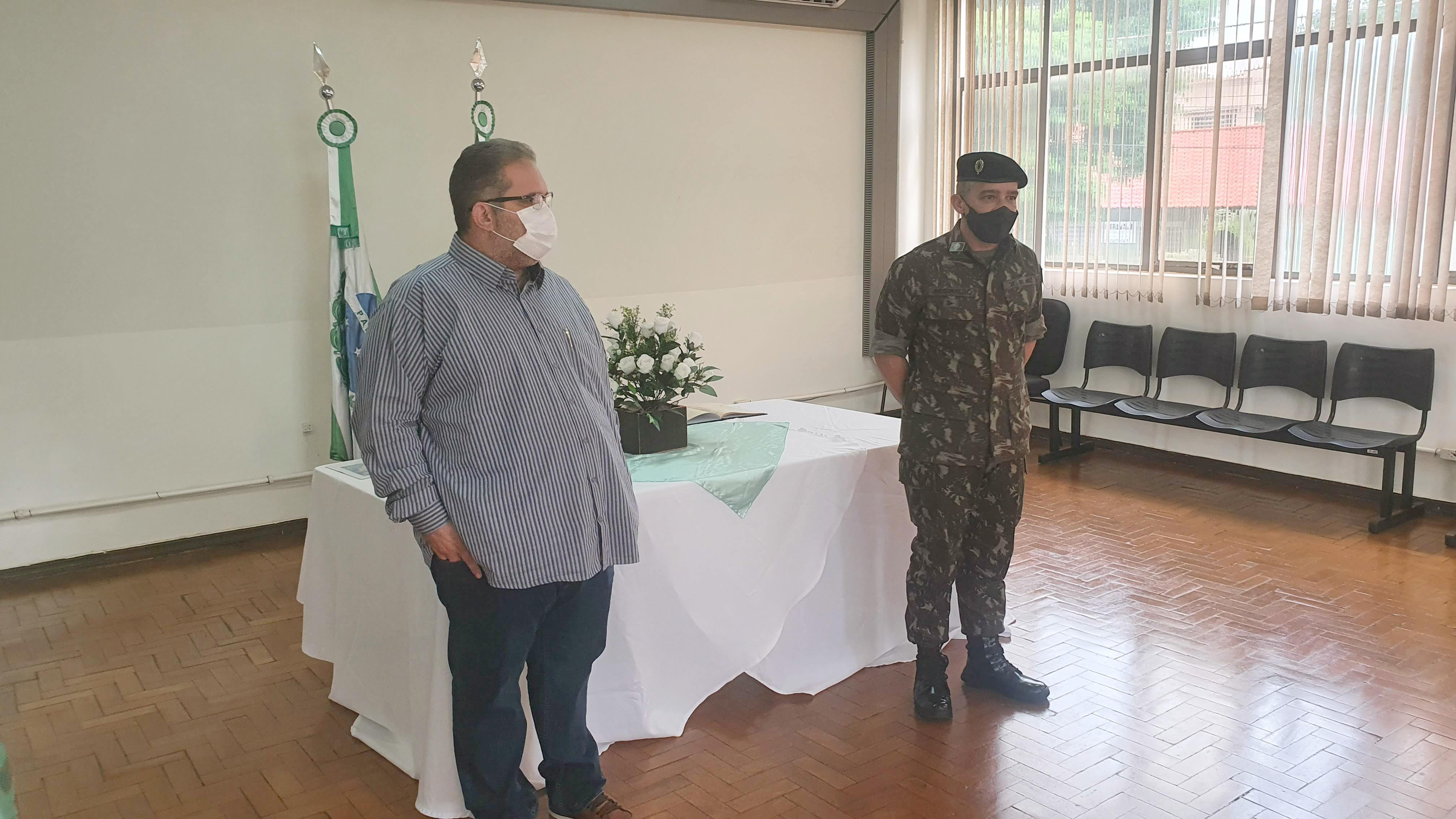 Prefeito é empossado presidente da Junta Militar