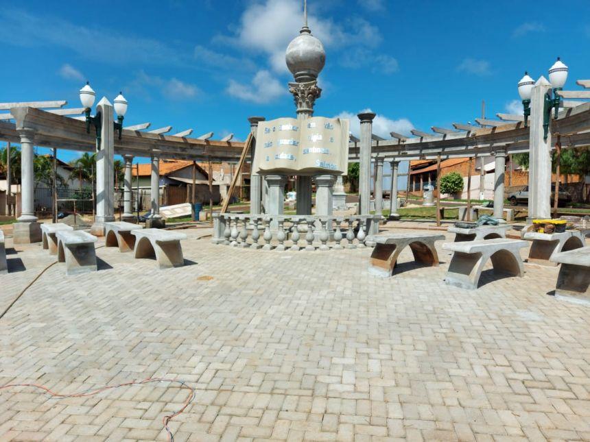 Praça da Bíblia - Conjunto Magnólia