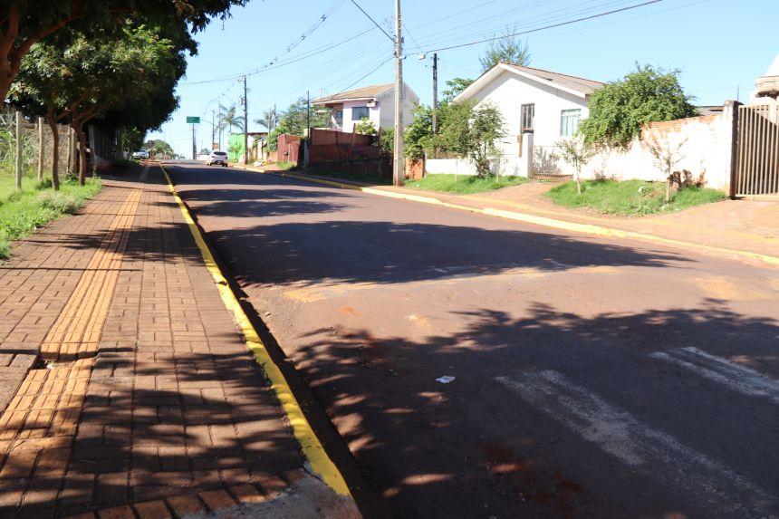 Estrada Paraguaia e Rua Pedro Viel passam a ter proibição de estacionamento ao longo da via