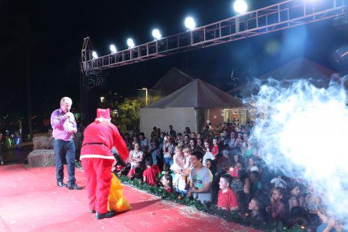 Feira da Terra especial de natal é realizada com sucesso em Cafelândia