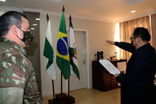 Prefeito Culestino Kiara é empossado como presidente da Junta do Serviço Militar
