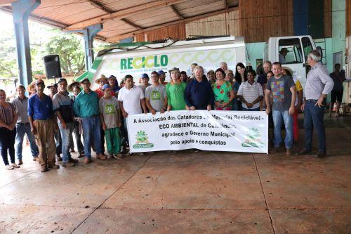 Governo de Cafelândia conquista um caminhão para a coleta de reciclável