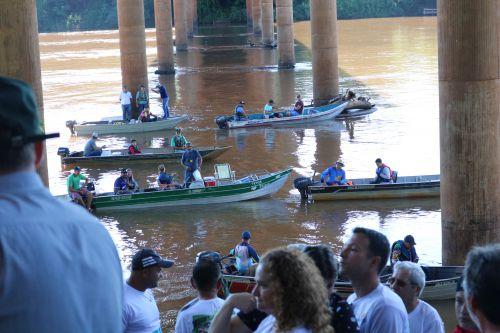 Cafelândia participa da soltura dos alevinos no Rio Piquiri
