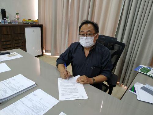 Dr. Culestino sanciona lei que cria o kit lanche para pacientes que utilizam do transporte municipal para atendimentos via SUS em outros municípios da região