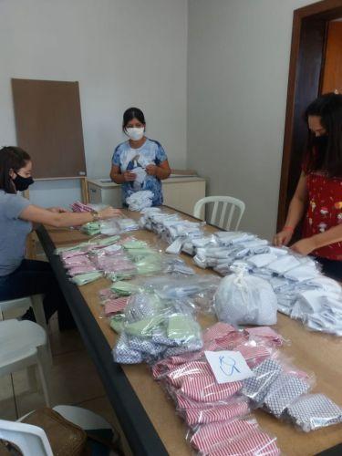 Secretaria da Assistência Social ESPALHA amor em forma de máscara