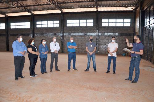 Visita as futuras instalações da Unidade de Valorização de Recicláveis