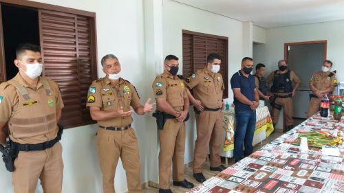 Polícia Militar faz homenagem ao prefeito Baco