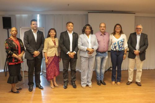 Cristiane Pantaleão participa de reunião com a diretora da Organização Pan-Americana da Saúde