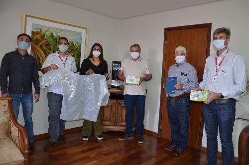 Unitá realiza doação de 600 kits de saúde para Ubiratã