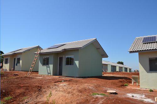Casas populares no Distrito de Yolanda estão em fase de acabamento