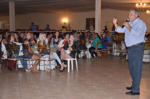 Servidores comemoram seu dia com jantar especial oferecido pela Administração Municipal