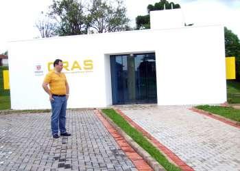 Prefeito Fábio D'Alécio destacou beleza arquitetônica da obra do CRAS