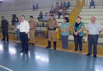 Vice-prefeito Orlando Vieira Filho ressaltou a importância do ato para cada um dos jovens presentes