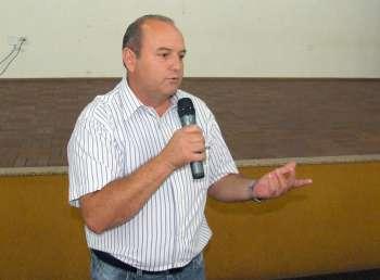 Sebastião Osmar Beraldo falou da importância do professor na construção de uma sociedade mais justa