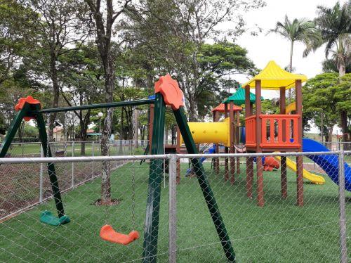 Parquinho Infantil Municipal