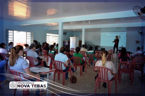 Funcionários da Prefeitura de Nova Tebas recebem treinamento sobre a nova Lei de Licitações e Contratos