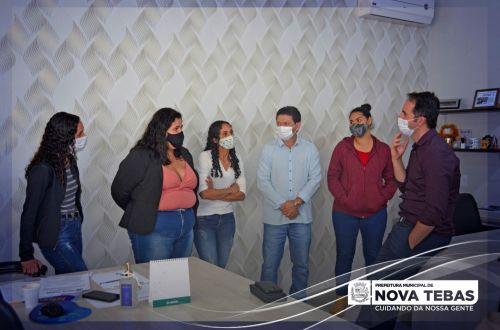 Mulheres Novatebenses participam de curso de inseminação artificial