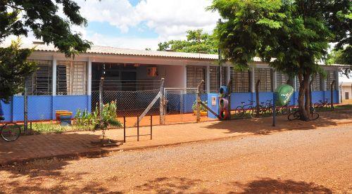 Pegoraro assina contrato para ampliação e reforma da Escola Heitor, do Jardim Araçá