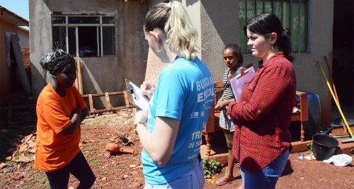 Mais de 100 famílias já foram cadastradas para receberem telhas