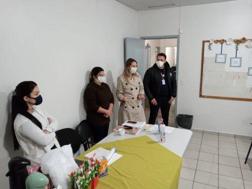 Curso de manicure e pedicure está sendo realizado em Assis Chateaubriand