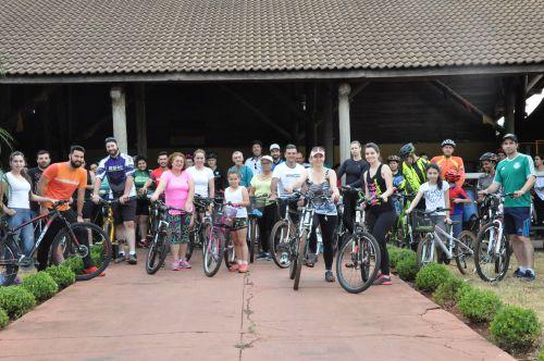 Passeio Ciclístico reuniu centena de pessoas em Assis Chateaubriand