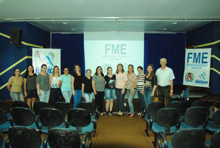 Representantes de diversos setores se reúnem para Fórum Municipal da Educação. Foto: Rivaldo de Mattos.