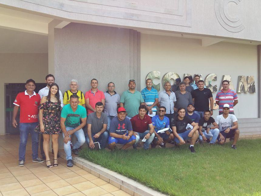 Representantes do Esporte de 15 municípios alinham detalhes de competição esportiva. Fotografia: Jhony de Oliveira Lima.