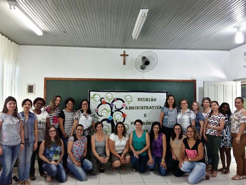 Lideranças pedagógicas e administrativas da Secretaria de Educação se reuniram nesta manhã. Fotografia: Jhony de Oliveira Lima.