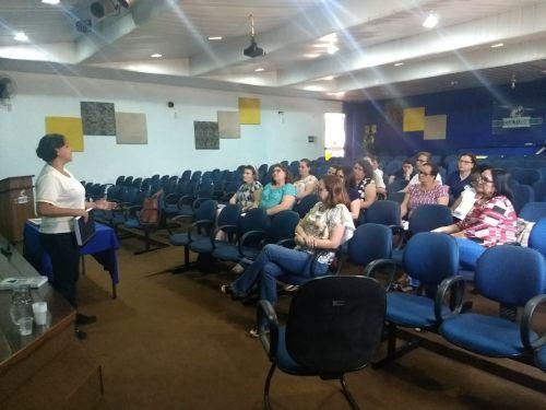 Equipe diretiva e pedagógica das unidades educacionais iniciam discussão sobre a referencial curricular municipal