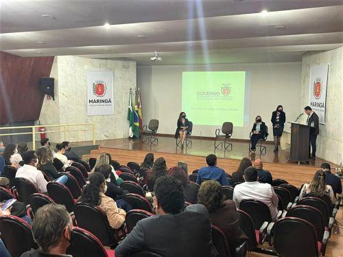 Mandaguari participa da reuni�o de ades�o � Estrat�gia Brasil Amigo da Pessoa Idosa
