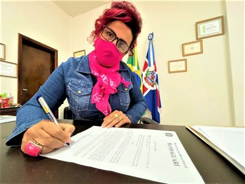 Ivon�ia Furtado sanciona lei que pode autorizar repasse de at� R$ 3,6 milh�es para Sociedade Beneficente Cristo Rei