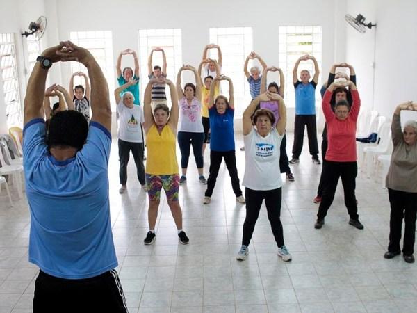 NASF retoma atividades com grupo de idosos no Parque da Pedreira
