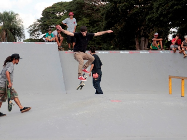 Vem aí o 3º Campeonato Municipal de Skate e batalha de Hip Hop