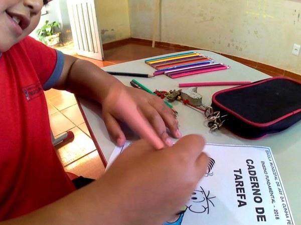 Entrega de nova escola marca a volta às aulas em Mandaguari