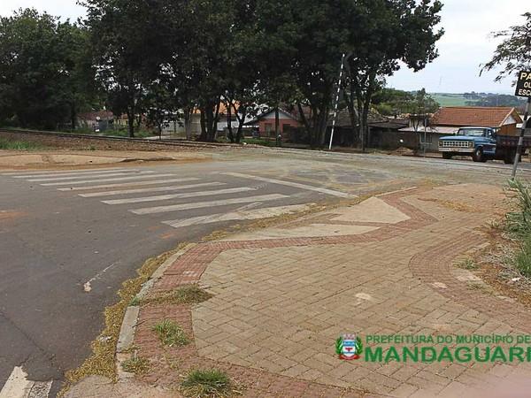 SEGURANÇA: Prefeitura já havia implantado calçamento nas travessias da linha férrea